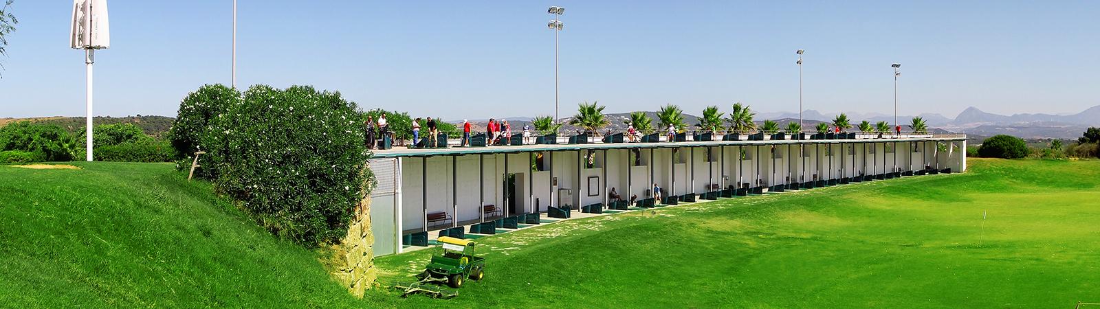 Alcaidesa Golf - Panoramica el campo de prácticas